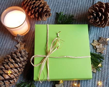 Geschenkbox 2020 mit allen drei Tischkalendern und vier Geschenkkarten