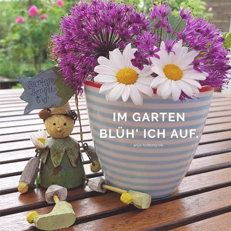 Im Garten blüh' ich auf