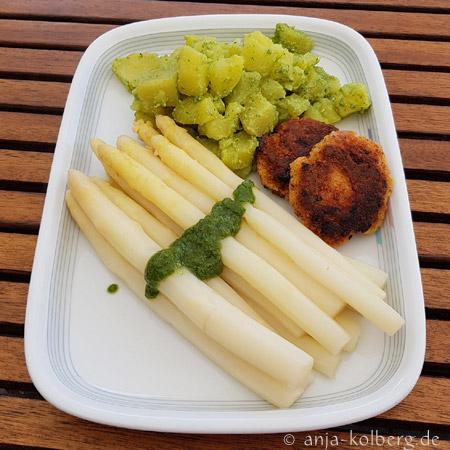 Spargel mit Kartoffelsalat. Vegan. Glutenfrei. Zuckerfrei